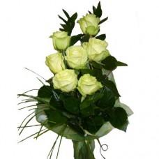 Букет из 7 высоких белых роз