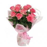 Букет из 11 розовых роз в упаковке